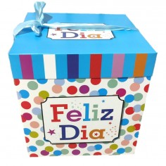 Caja Regalo Feliz Día Lunares 30 x 30 cm  Cotillon Avengers